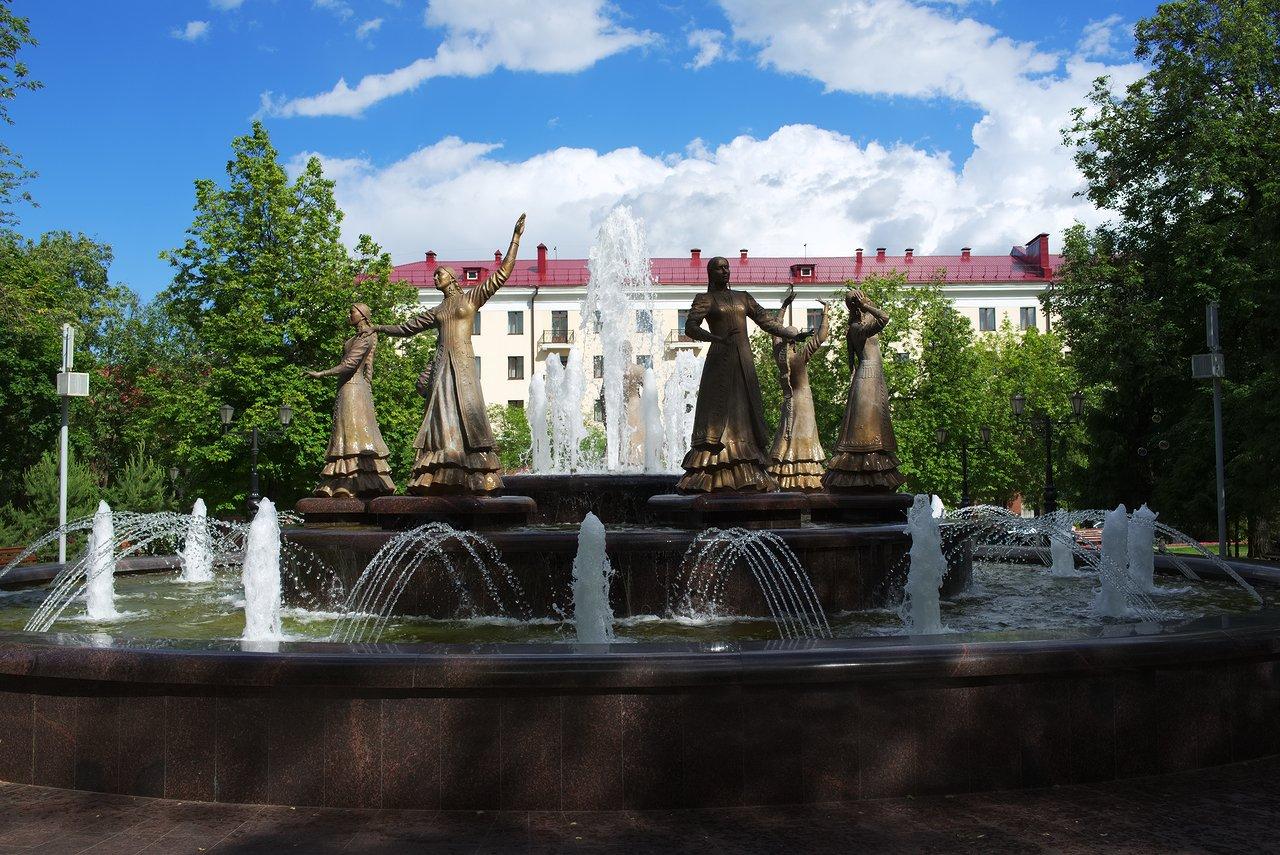 ホテル近くの公園の噴水