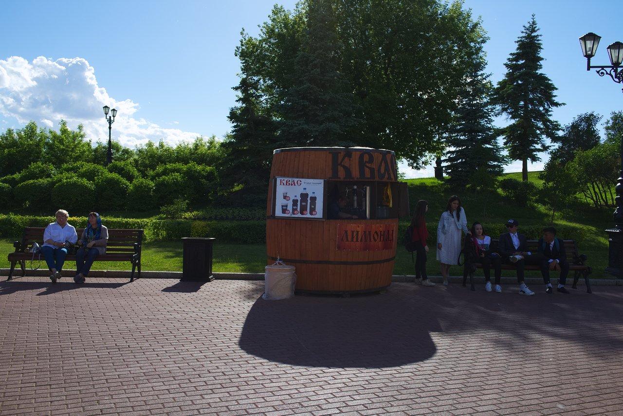 ロシア各地で夏になるとクヴァスを売る露店が出てきます