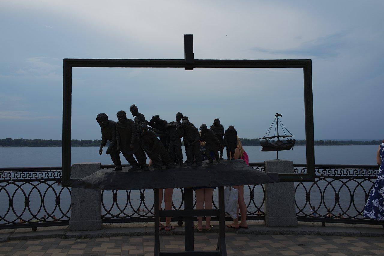 共産主義を感じる労働者の銅像