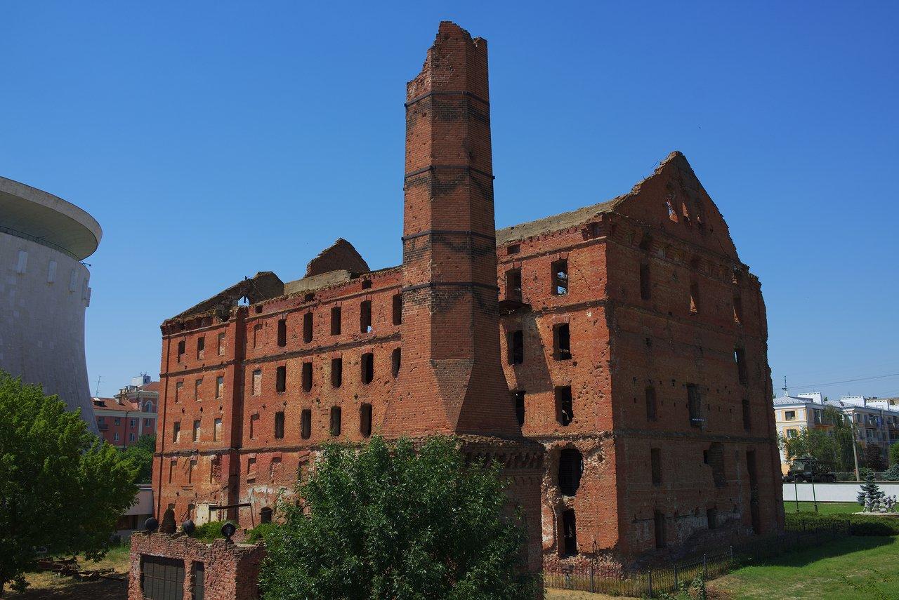 ヴォルガ川側から見た旧製粉所