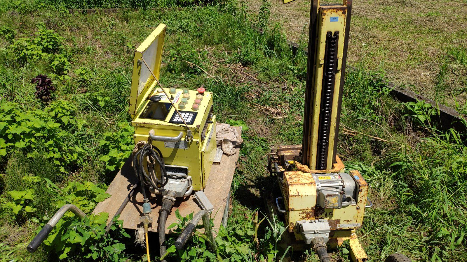 地盤調査の機械